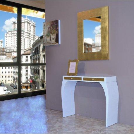 Consola blanca y oro con espejo dorado emilio rubio for Espejo dorado
