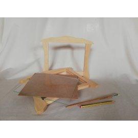 Marco en madera natural para foto 20x25 cm.